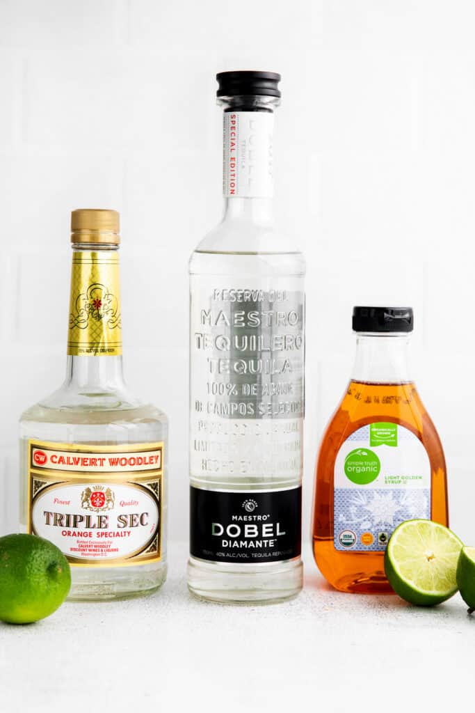 All of the ingredients for a classic margarita.