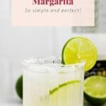 A margarita in a glass.