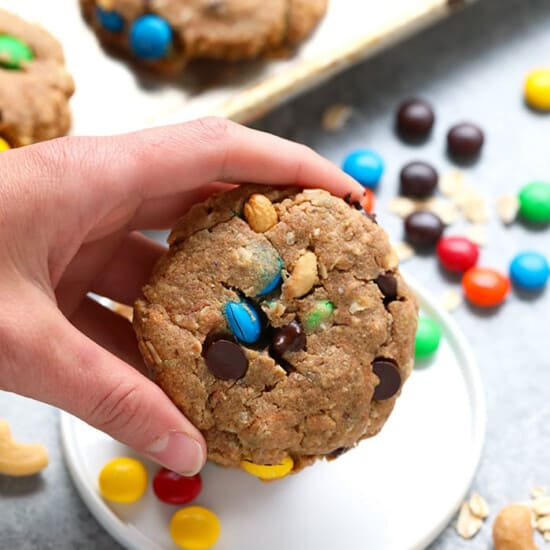 hand holding cookies