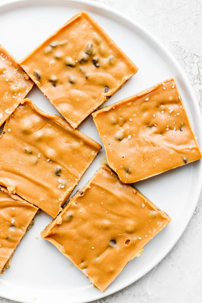 square slices of cookie dough freezer fudge on a plate